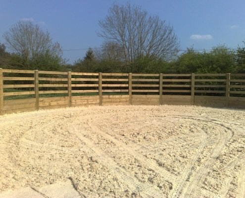 wooden construction lunge pen gloucestershire